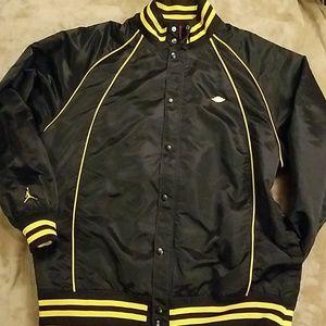 🔥 Air Jordan Varsity track jacket